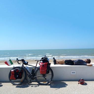 Lezioni di cicloturismo - Da attivit? ludica ad opportunit? economica