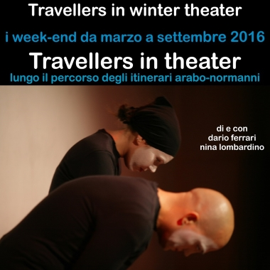 Travellers in theater