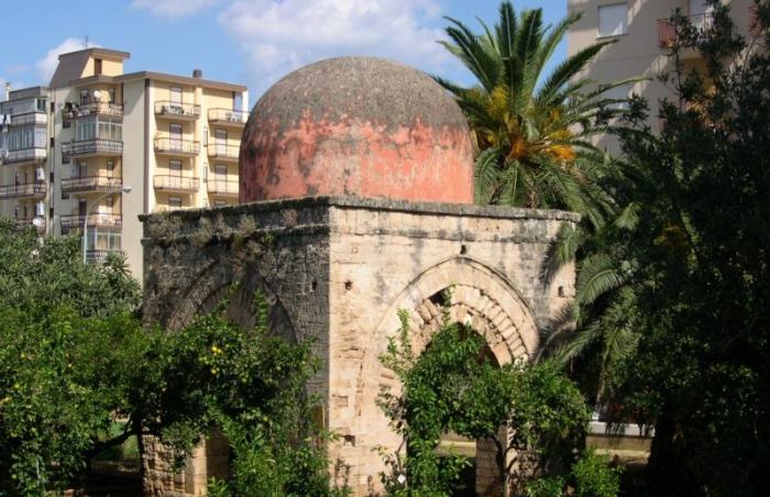 Giardino di Villa Napoli e Piccola Cuba